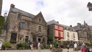 Beau village : à la découverte de Rochefort-en-Terre, bretonne et authentique (FRANCE 3)