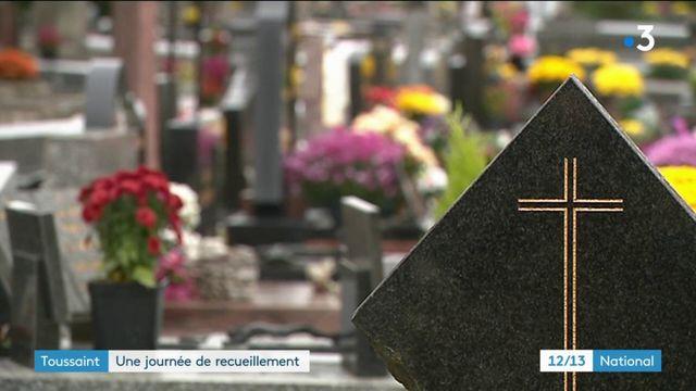 Toussaint : journée de recueillement pour tous les Français