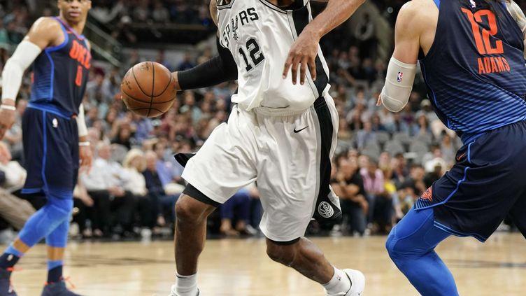 LaMarcus Aldridge est le pilier des Spurs cette saison et l'a prouvé une nouvelle fois la nuit dernière face à OKC (DARREN ABATE/AP/SIPA / AP)