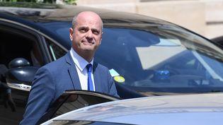 Le ministre de l'Education nationale, Jean-Michel Blanquer, quitte le palais de l'Elysée, le 24 juin 2019. (ALAIN JOCARD / AFP)