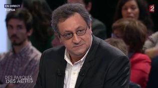 """Capture d'écran de l'émission """"Des paroles et des actes"""", à laquelle Daniel Psennya participé le 26 novembre 2015. (FRANCE 2)"""