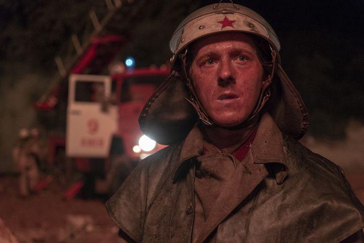 Un des pompiers présent sur les lieux de la catastrophe quelques heures après l'explosion du réacteur. (HBO)