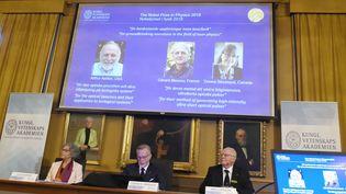 Les membres du Nobel de physique ont annoncé les résultats mardi 2 octobre. (HANNA FRANZEN / TT NEWS AGENCY)