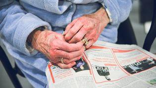 Le rapport Delevoye formule plusieurs propositions pour tenter de corriger les inégalités de pension entre les hommes et les femmes. (VALENTIN BELLEVILLE / HANS LUCAS / AFP)