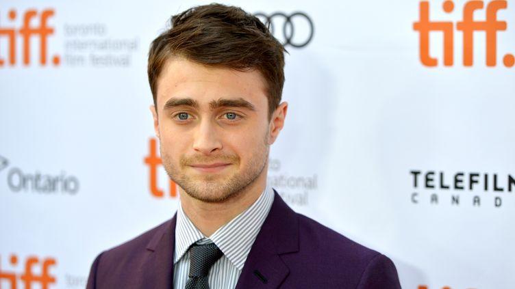 """L'acteur britannique Daniel Radcliffe, le 10 septembre 2013 à Toronto (Canada), à l'occasion de la première du film """"Kill Your Darlings"""". (ALBERTO E. RODRIGUEZ / GETTY IMAGES / AFP)"""