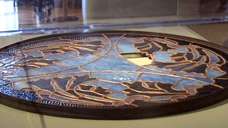 Le lustre de Majorelle démonté et exposé au Musée de l'Ecole de Nancy, novembre 2014  (Culturebox)