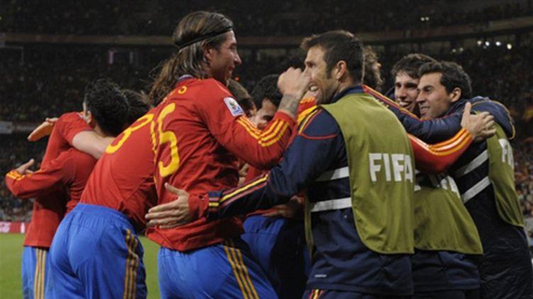 Les Espagnols heureux (LLUIS GENE / AFP)