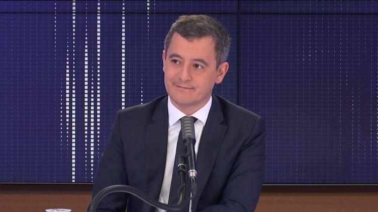 """Gérald Darmanin,ministre de l'Intérieur était l'invité du """"8h30 franceinfo"""", jeudi 10 décembre 2020. (FRANCEINFO / RADIOFRANCE)"""