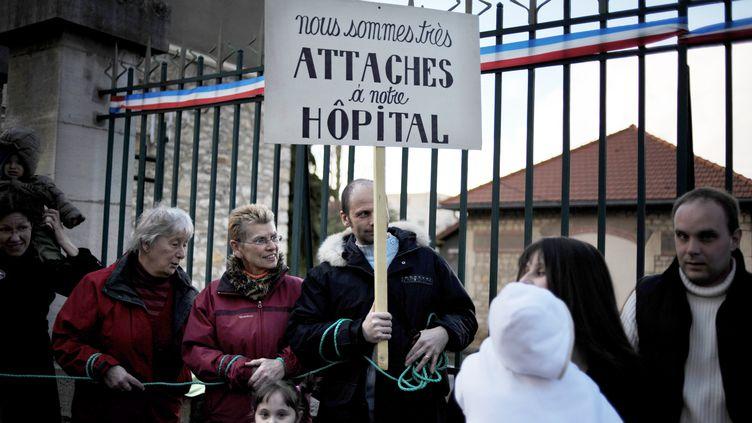 Les habitants de Clamecy (Nièvre) avaient déjà manifesté en juin contre la fermeture de la maternité de l'hôpital. (AFP)