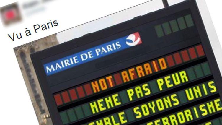 (Un faux message sur un panneau de la mairie de Paris © Capture d'écran Twitter)