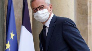 Le ministre de l'Economie, Bruno Le Maire, le 19 octobre 2020, à l'Elysée. (LUDOVIC MARIN / AFP)