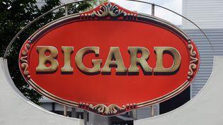 Photo du logo Bigard prise le 14 juin 2015 à Castres (Tarn). (REMY GABALDA / AFP)