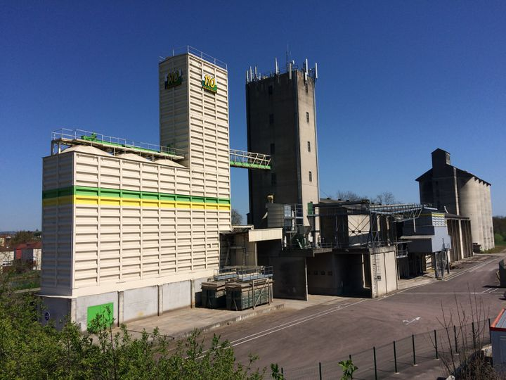 La coopérative de céréales 110Bourgogne àMigennes (Yonne). (ARIANE GRIESSEL / FRANCEINFO)