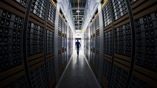 Un data center (photo d'illustration). (JONATHAN NACKSTRAND / AFP)