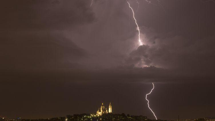 Un orage à Paris le 8 juin 2014. (  MAXPPP)
