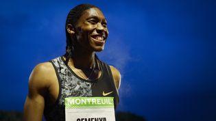 L'athlète Sud-AfricaineCaster Semenya après avoir remporté le 2 000m à Montreuil. (GEOFFROY VAN DER HASSELT / AFP)