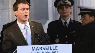 Manuel Valls lors de son déplacement à Marseille, le 9 février, sur le thème de la sécurité. (BORIS HORVAT / AFP)