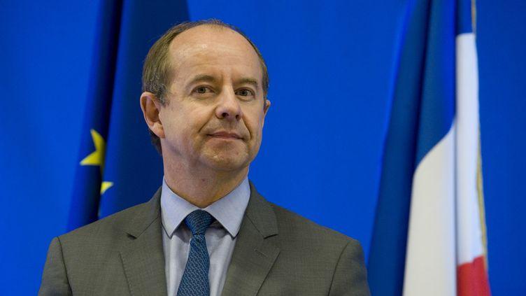 Le ministre de la Justice, Jean-Jacques Urvoas, lors de l'inauguration de la prison de Riom (Puy-de-Dôme), le 17 octobre 2016. (THIERRY ZOCCOLAN / AFP)