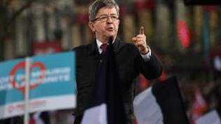 Jean-Luc Mélenchon, lors d'un meeting, le 28 mars 2017. (Photo d'illustration) (ERIC FEFERBERG / AFP)
