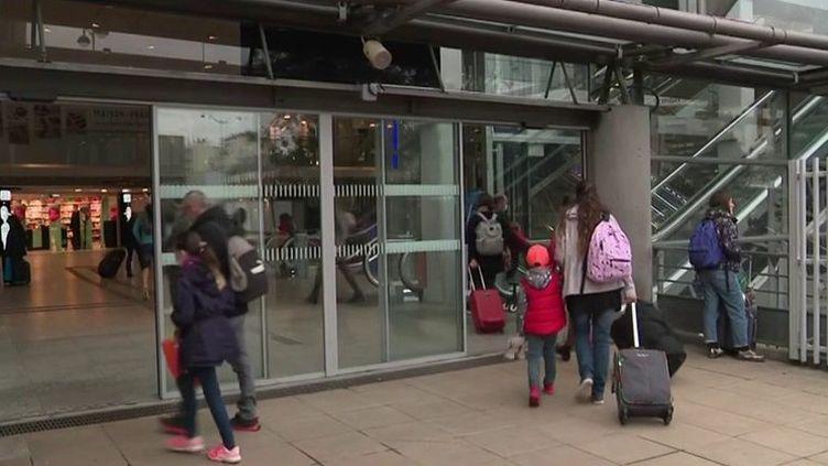 Grève SNCF : faible impact sur le trafic, samedi 23 octobre (FRANCE 3)