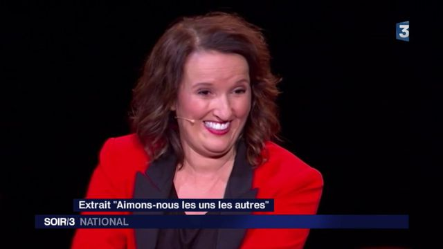 """Anne Roumanoff : """"l'humoriste est un miroir de la société"""""""