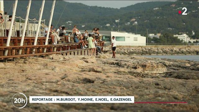 Ibiza : comment réinventer le tourisme du temple des fêtards ?