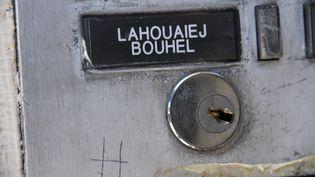 L'interphone de l'immeuble où résidait Mohamed Lahouaiej Boulhel, le tueur au camion de Nice. (ANNE-CHRISTINE POUJOULAT / AFP)