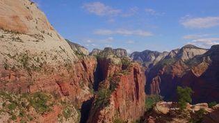 Aux États-Unis, le parc naturel de Zion est situé dans l'Utah, à l'ouest du pays. (CAPTURE ECRAN FRANCE 2)