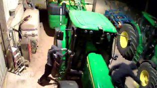 Envoyé spécial. Délinquance rurale : le GPS pour tracteur est devenu la cible favorite des voleurs (ENVOYÉ SPÉCIAL  / FRANCE 2)