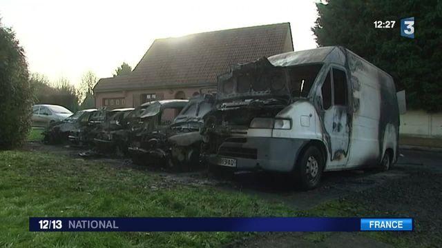 Voitures brûlées à la Saint-Sylvestre : à Bellaing les cinq véhicules d'un plombier carbonisés