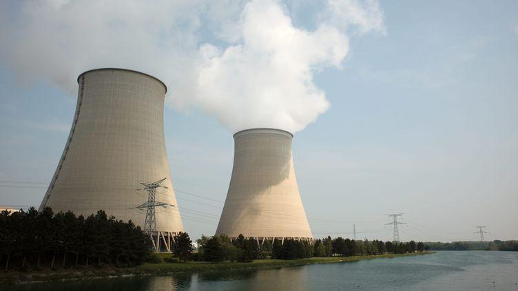 La centrale nucléaire de Nogent-sur-Seine (Aube), le 25 avril 2011. (MAXPPP)