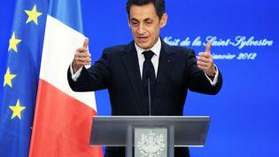 Nicolas Sarkozy adresse ses vœux à quelque 600 fonctionnaires ayant travaillé la nuit du Nouvel An, à Metz (Moselle), le 1er janvier 2012. (PATRICK HERTZOG / AFP)