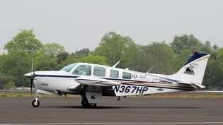 Un avionBeechcraft à l'aéroport de Nagpur, en Inde, le 27 juin 2014. (NOAH SEELAM / AFP)