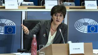 Sylvie Goulard lors de sa seconde audition par les eurodéputés, le 10 octobre 2019 à Bruxelles (Belgique) (KENZO TRIBOUILLARD / AFP)