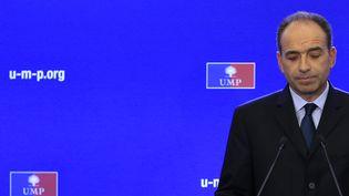 Le président de l'UMP, Jean-François Copé, en conférence de presse au siège du parti, à Paris, le 23 novembre 2012. (GONZALO FUENTES / REUTERS     )