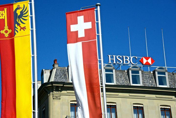 Le siège de la banque HSBC à Genève (Suisse), le 20 avril 2015. (RÉMY GENOUD / CITIZENSIDE.COM / AFP)