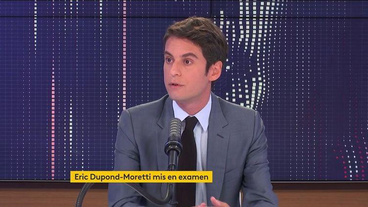 Gabriel Attal, porte-parole du gouvernement, était l'invité de franceinfo le 19 juillet 2021. (FRANCEINFO / RADIOFRANCE)