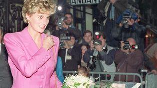 La princesse Diana à Paris, le 14 novembre 1992. (VINCENT AMALVY / AFP)