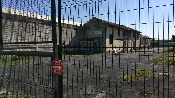 Le site de l'ancienne usine Saft-Leclanché, dans le quartier Saint-Cybard à Angoulême. (J. DEBOEUF / AFP)