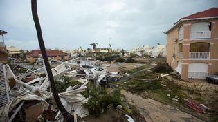 Les dégâts à Marigot après le passage de l'ouragan Irma à Saint-Martin, le 6 septembre 2017. (LIONEL CHAMOISEAU / AFP)