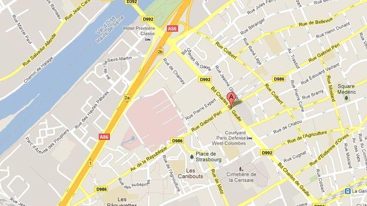Le boulevard Charles-de-Gaulle à Colombes (Hauts-de-Seine) où s'est produite la fusillade, mercredi 16 novembre dans l'après-midi. (Capture d'écran GOOGLE MAPS / DR)