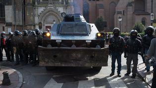 """Les forces de l'ordre mobilisées le 23 mars 2019 à Toulouse pour encadrer une manifestation des """"gilets jaunes"""". (PIERRE BERTHUEL / LE PICTORIUM / MAXPPP)"""