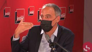 Raphaël Glucksmann, député européen et essayiste sur France Inter le 25 août 2021. (FRANCEINTER / RADIO FRANCE)