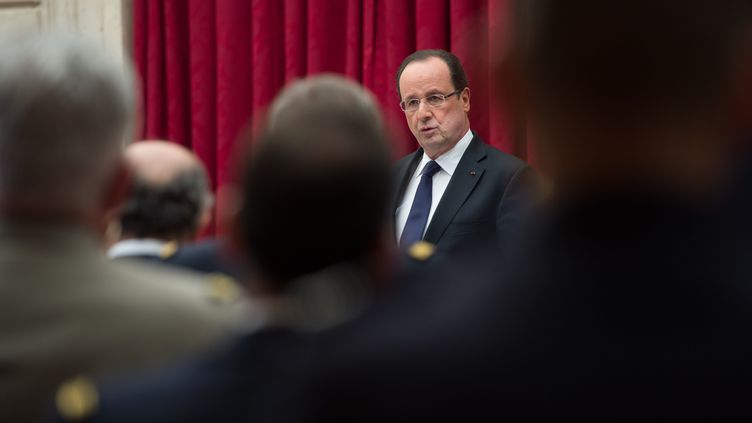 François Hollande, le 29 avril 2013 au palais de l'Elysée. (BERTRAND LANGLOIS / AFP)