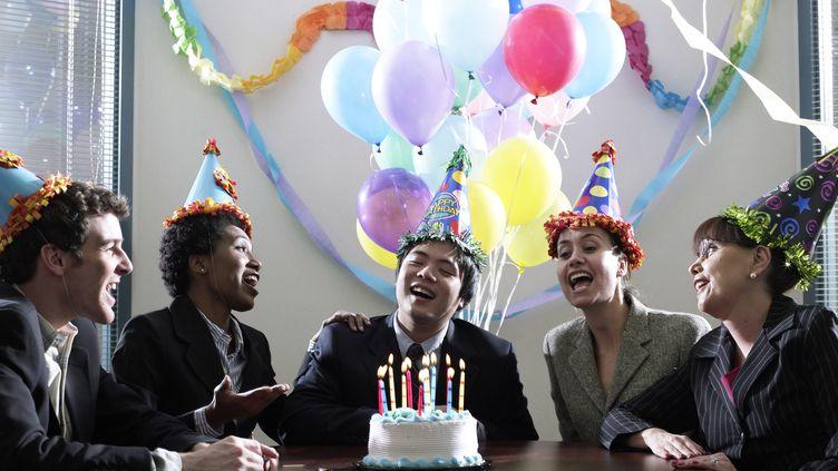 """""""Happy Birthday to You"""" est considérée comme l'une des chansons les plus célèbres du monde. (HANS NELEMAN / THE IMAGE BANK / GETTY IMAGES)"""