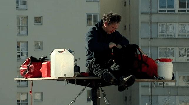 """""""Comme sur un radeau"""" avec eau et nourriture à bord  (France 3)"""