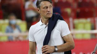 L'entraîneur de l'AS Monaco Niko Kovac, lors du premier match de Ligue 1 des Monégasques contre le FC Nantes, le 6 août dernier. (VALERY HACHE / AFP)