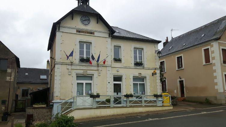 Mairie de Thoiré dans la Sarthe. (JÉRÔME JADOT / FRANCEINFO)