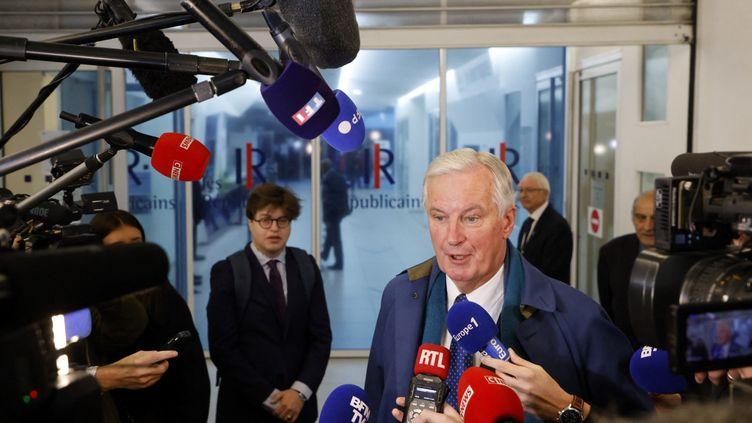 Michel Barnier au siège des Républicains, à Paris, le 19 octobre 2021. (LUDOVIC MARIN / AFP)