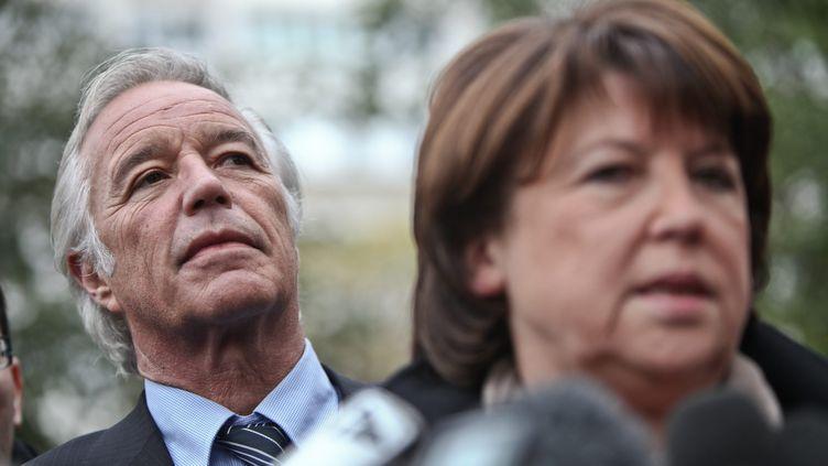 Le patron des sénateurs PS, François Rebsamen, et la numéro un du Parti socialiste, Martine Aubry, le 17 novembre 2010 à Créteil (Val-de-Marne). (MATTHIEU RONDEL / IP3 / MAXPPP)